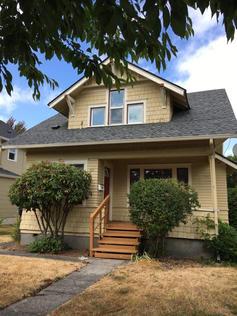 1-821 S 43rd Street, Tacoma, WA 98418