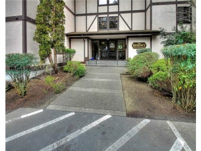 1-4601 Grandview Dr #R205, University Place, WA 98466