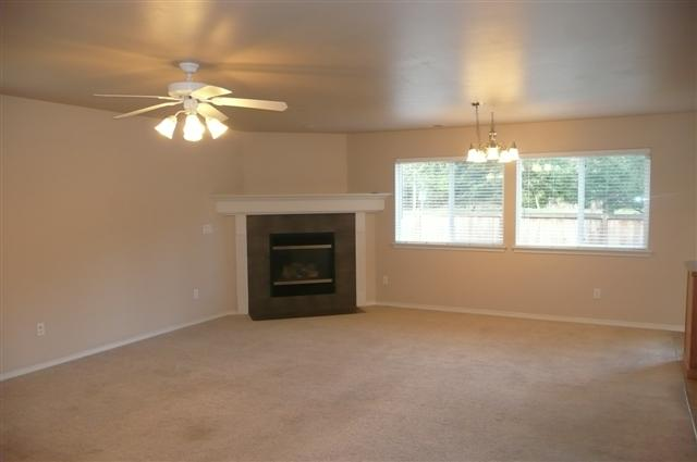 3 livingroom(Small)