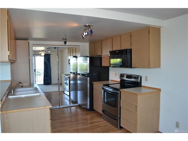 1115 4 Kitchen