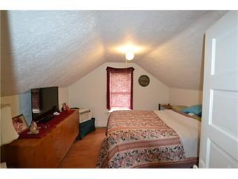1312 9 Bedroom