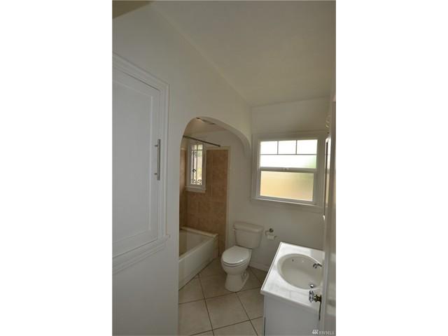 2322 6 Bathroom
