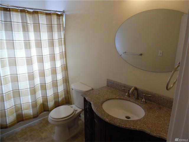 4920 14 Bathroom
