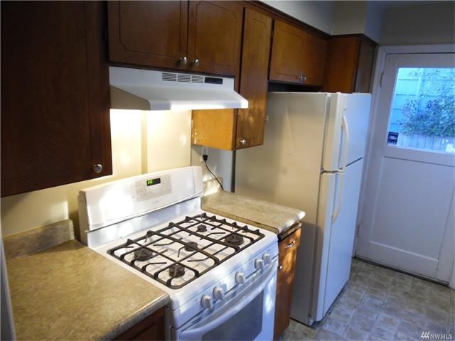 4920 8 Kitchen 3
