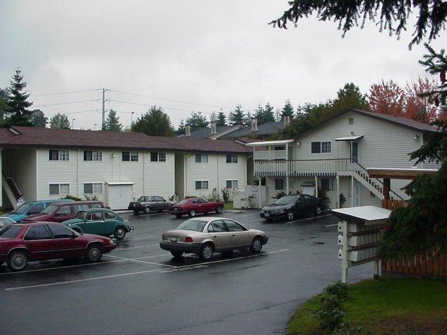 1-2305 S 74th St Tacoma, WA 98409