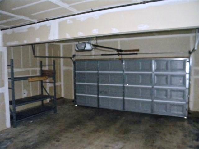 13 Garage (Small)