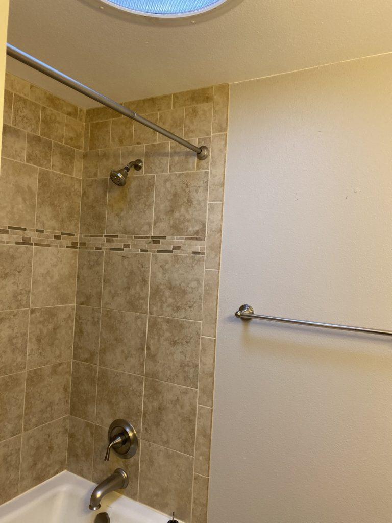 12 hall bath 2